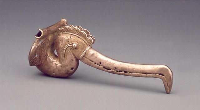 Colgante zoomorfo. Sierra Nevada de Santa Marta - Periodo Nahuange. Colección Museo del Oro. O16387.