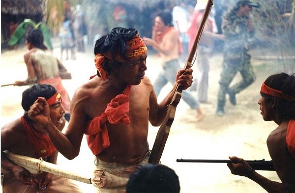 Representación dramática de la Revolución Dule presentada cada febrero en varias aldeas gunas. Foto: James Howe.
